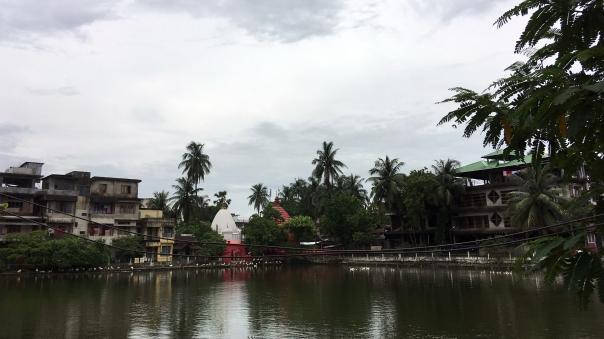 temple pond-01